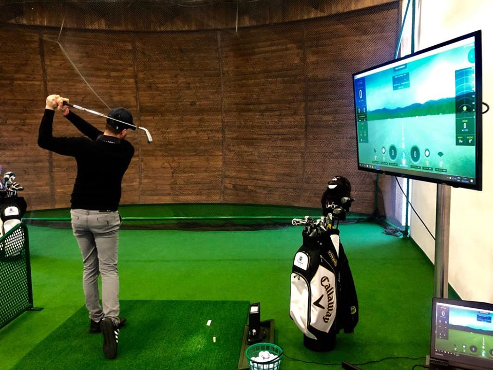 Theodora Indoor Golf